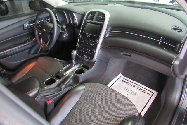 2016 Chevrolet Malibu Limited LT Chicago, Illinois 8