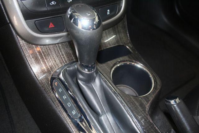 2016 Chevrolet Malibu Limited LT Houston, Texas 35