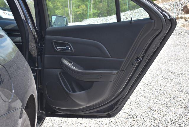 2016 Chevrolet Malibu Limited LT Naugatuck, Connecticut 3