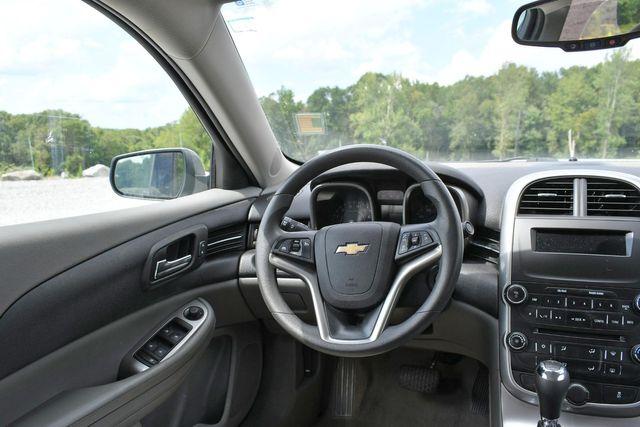 2016 Chevrolet Malibu Limited LS Naugatuck, Connecticut 11