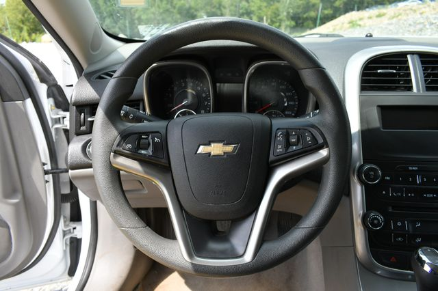 2016 Chevrolet Malibu Limited LS Naugatuck, Connecticut 15