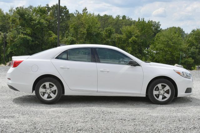 2016 Chevrolet Malibu Limited LS Naugatuck, Connecticut 5