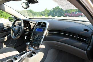 2016 Chevrolet Malibu Limited LS Naugatuck, Connecticut 10