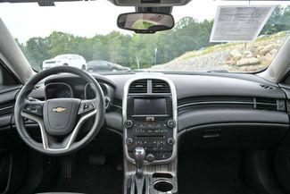 2016 Chevrolet Malibu Limited LT Naugatuck, Connecticut 17