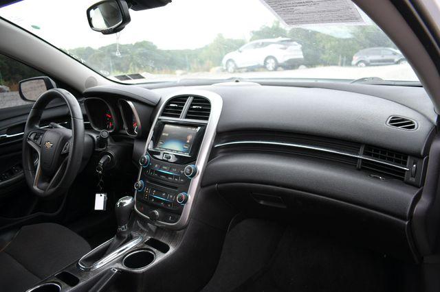 2016 Chevrolet Malibu Limited LT Naugatuck, Connecticut 10