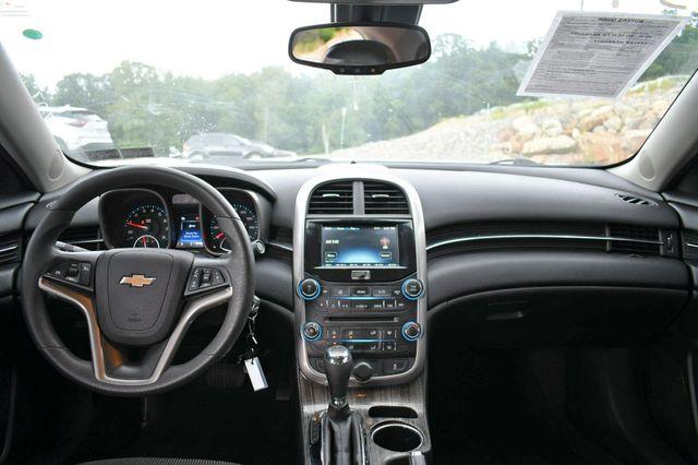 2016 Chevrolet Malibu Limited LT Naugatuck, Connecticut 15