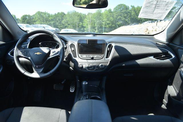 2016 Chevrolet Malibu LT Naugatuck, Connecticut 10