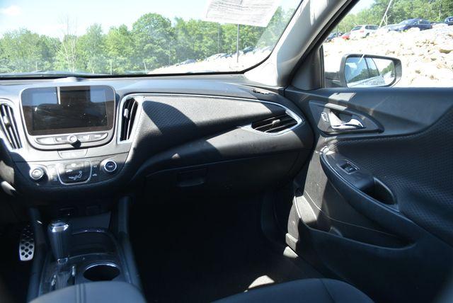 2016 Chevrolet Malibu LT Naugatuck, Connecticut 11