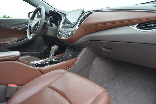 2016 Chevrolet Malibu Premier Naugatuck, Connecticut 2