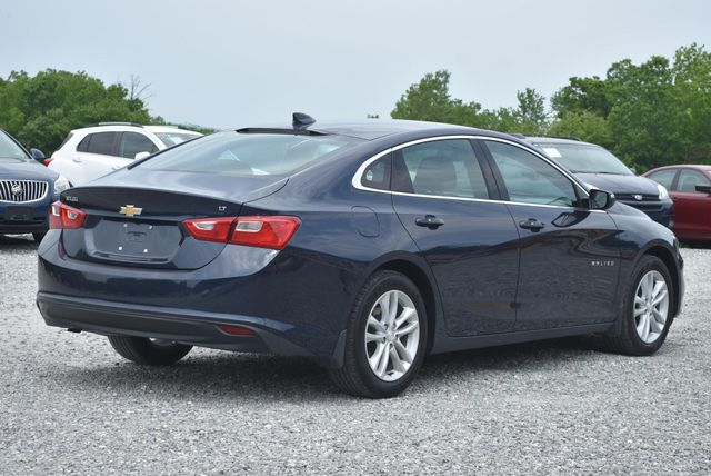 2016 Chevrolet Malibu LT Naugatuck, Connecticut 4