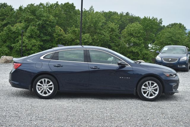 2016 Chevrolet Malibu LT Naugatuck, Connecticut 5
