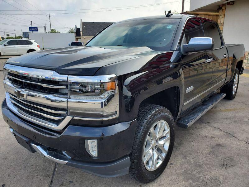 2016 Chevrolet Silverado 1500 High Country  Brownsville TX  English Motors  in Brownsville, TX
