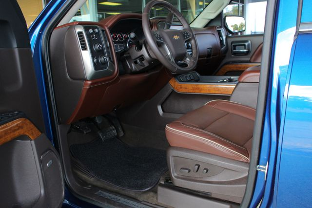 2016 Chevrolet Silverado 1500 HIGH COUNTRY PREMIUM PKG 4X4 - DRIVER ALERT PKG! Mooresville , NC 31