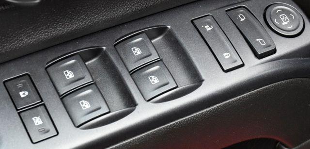 2016 Chevrolet Silverado 1500 Custom Waterbury, Connecticut 24