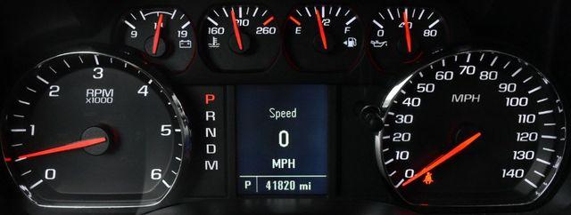 2016 Chevrolet Silverado 1500 Custom Waterbury, Connecticut 27