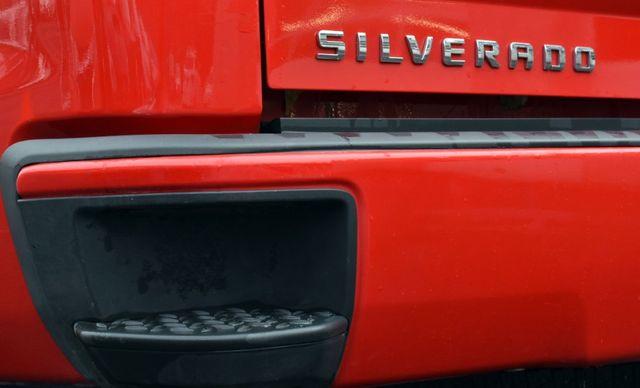 2016 Chevrolet Silverado 1500 Custom Waterbury, Connecticut 9