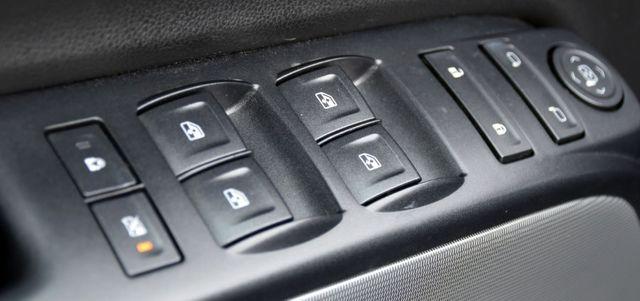2016 Chevrolet Silverado 1500 LT Waterbury, Connecticut 32