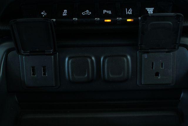 2016 Chevrolet Silverado 2500HD LTZ PLUS Crew Cab 4x4 - DRIVER ALERT - EXTRA$! Mooresville , NC 39