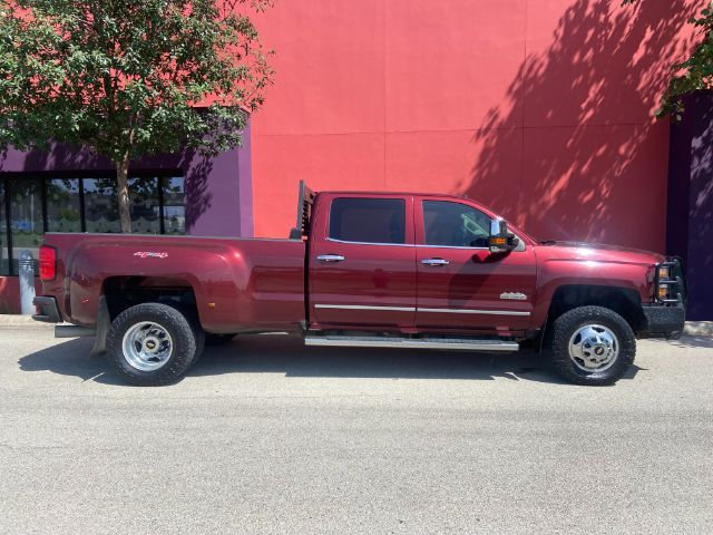 2016 Chevrolet Silverado 3500HD High Country in San Antonio, TX 78233