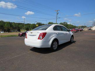 2016 Chevrolet Sonic LS Batesville, Mississippi 7