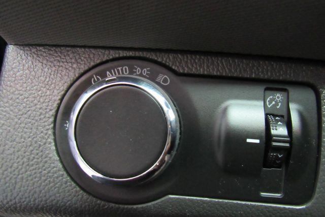 2016 Chevrolet Sonic LT Chicago, Illinois 23