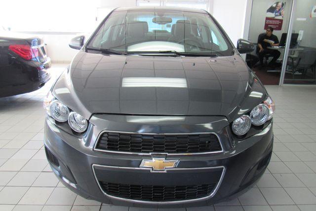 2016 Chevrolet Sonic LT Chicago, Illinois 4