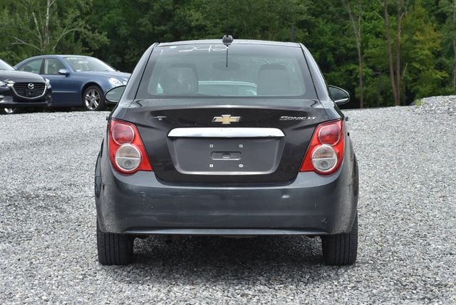 2016 Chevrolet Sonic LT Naugatuck, Connecticut 3