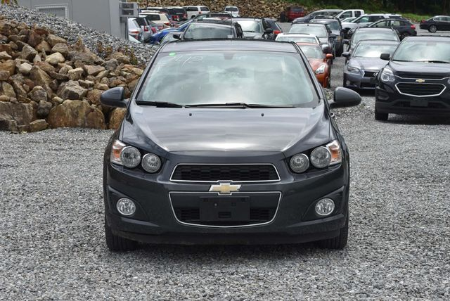 2016 Chevrolet Sonic LT Naugatuck, Connecticut 7