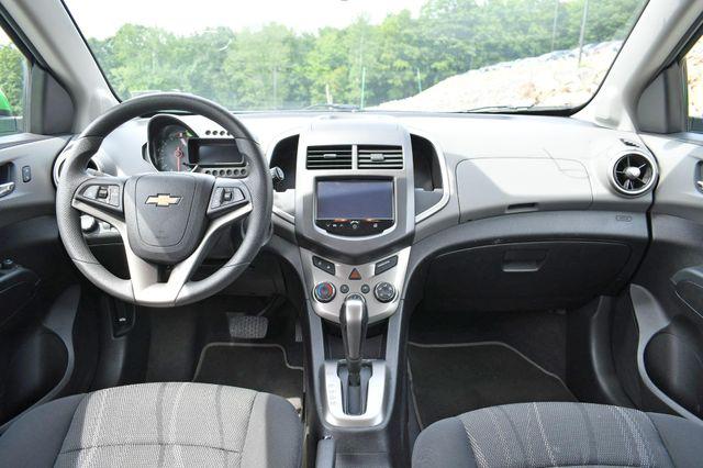 2016 Chevrolet Sonic LT Naugatuck, Connecticut 17
