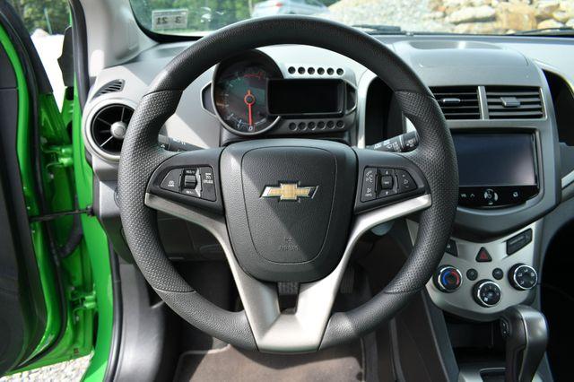 2016 Chevrolet Sonic LT Naugatuck, Connecticut 21