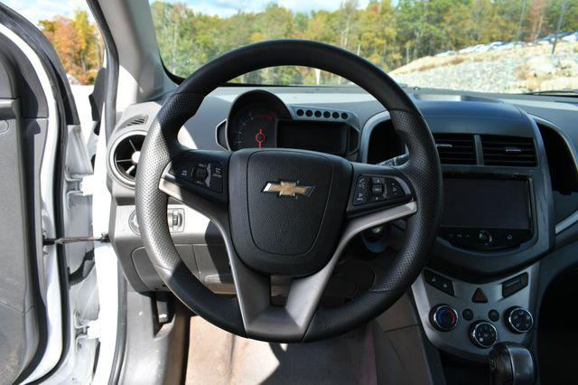 2016 Chevrolet Sonic LT Naugatuck, Connecticut 15