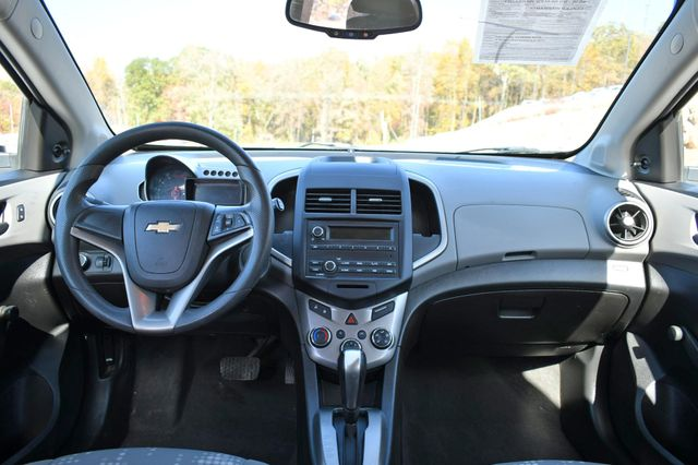 2016 Chevrolet Sonic LS Naugatuck, Connecticut 15