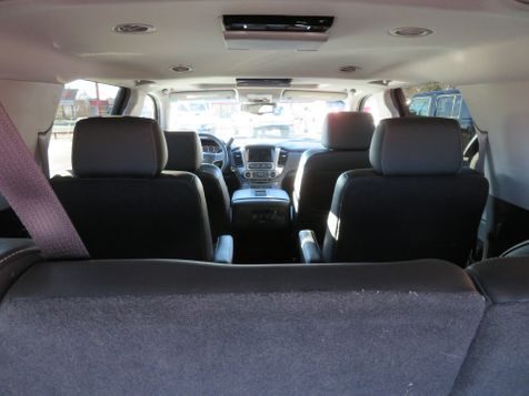 2016 Chevrolet Suburban LT | Abilene, Texas | Freedom Motors  in Abilene, Texas