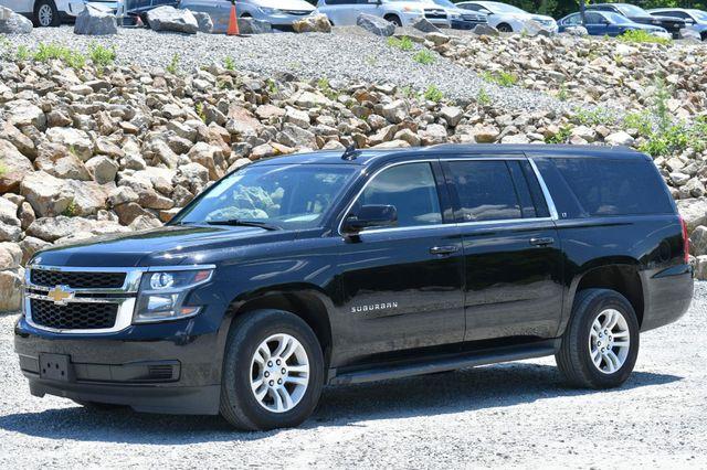 2016 Chevrolet Suburban LT Naugatuck, Connecticut