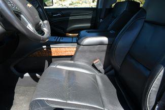 2016 Chevrolet Suburban LTZ 4WD Naugatuck, Connecticut 24