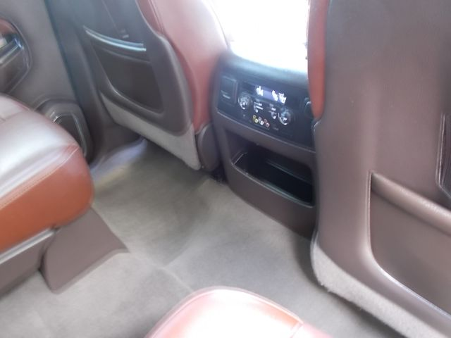 2016 Chevrolet Suburban LTZ Shelbyville, TN 23