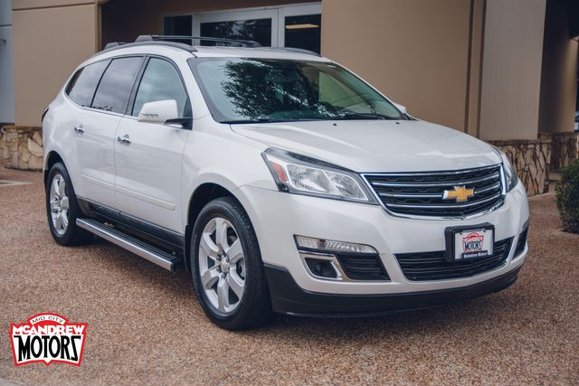 2016 Chevrolet Traverse LT in Arlington, Texas 76013