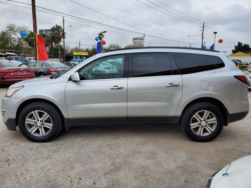 2016 Chevrolet Traverse LT  Brownsville TX  English Motors  in Brownsville, TX