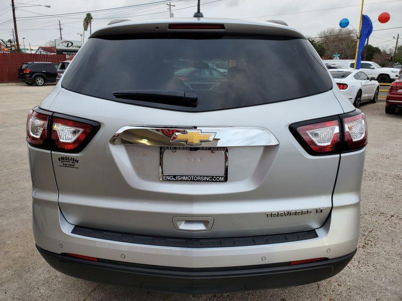 2016 Chevrolet Traverse LT  Brownsville TX  English Motors  in Brownsville, TX