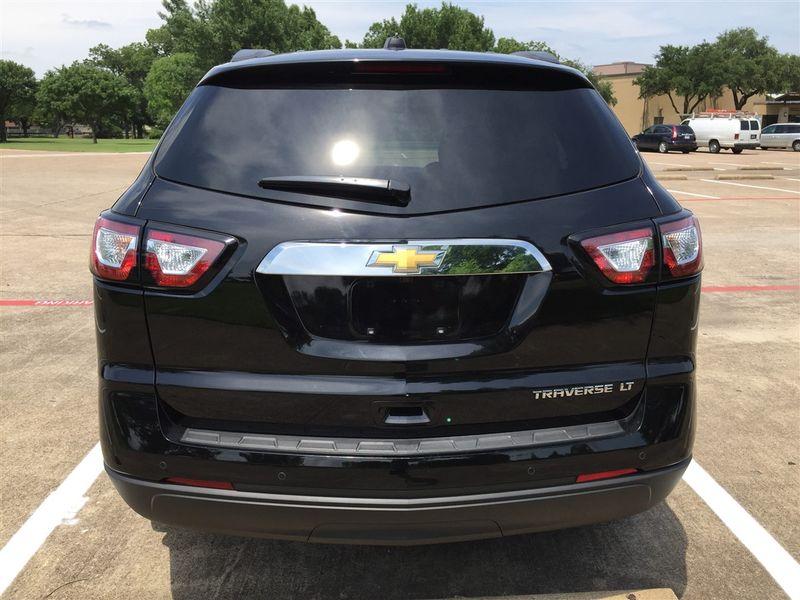 2016 Chevrolet Traverse 2LT in Rowlett, Texas