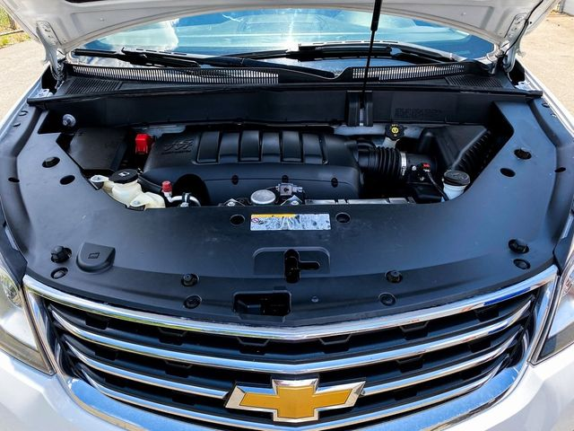 2016 Chevrolet Traverse LT Madison, NC 35