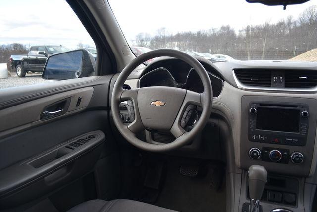 2016 Chevrolet Traverse LS Naugatuck, Connecticut 10