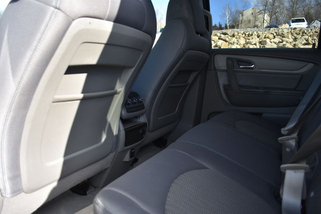 2016 Chevrolet Traverse LS Naugatuck, Connecticut 11