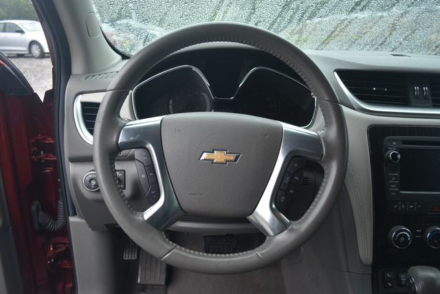 2016 Chevrolet Traverse LT Naugatuck, Connecticut 12