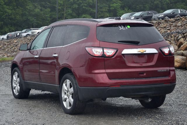 2016 Chevrolet Traverse LT Naugatuck, Connecticut 2