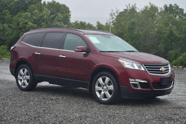 2016 Chevrolet Traverse LT Naugatuck, Connecticut 6