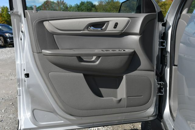 2016 Chevrolet Traverse LS Naugatuck, Connecticut 18