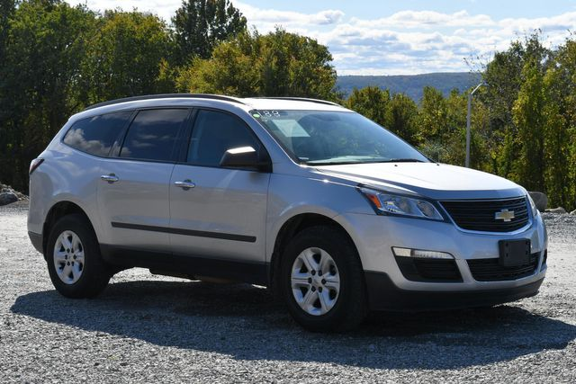 2016 Chevrolet Traverse LS Naugatuck, Connecticut 6