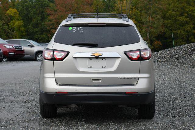 2016 Chevrolet Traverse LT Naugatuck, Connecticut 3