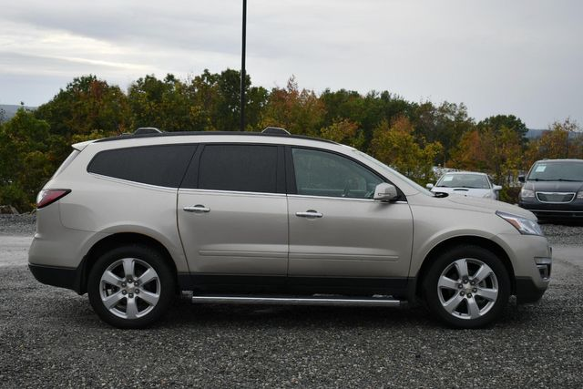 2016 Chevrolet Traverse LT Naugatuck, Connecticut 5